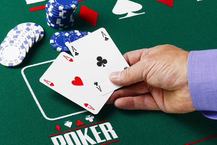 Play Poker Online Texas Hold'em Tactfully – Playing