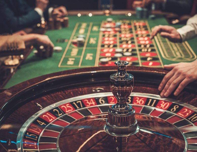Reviewing Your Poker Opponents  Online Gaming