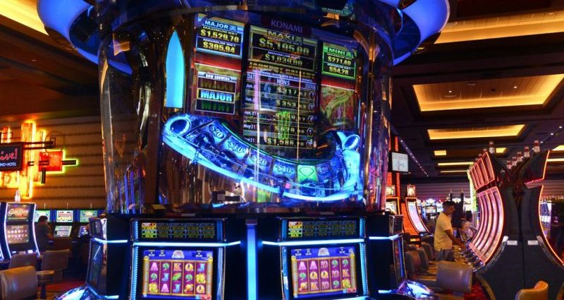 Ten Ways To Online Casino Without Breaking Your Financial institution